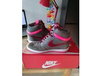 Nike Force Sky High SIZE 5