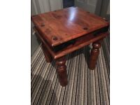 Side table/lamp table