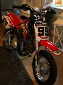 2017 crf50 immaculate bought from honda at xmas