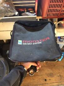 Preston Eva bait station