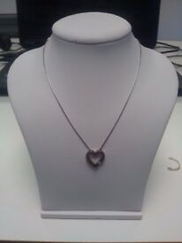 18Ct White Gold Heart Shaped Pendent