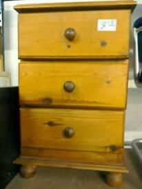 Bedside cabinet #29892 £30