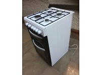 Logik gas cooker in white