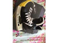 UK Adult size 4- Bauer 140 ice skates