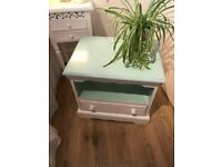 FREE solid oak mini shabby chic TV STAND/ SIDE TABLE
