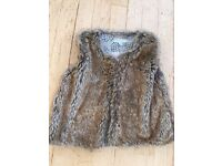 Girls Furry Gilet by Verbaudet. Size: 114 cms / Age 6.