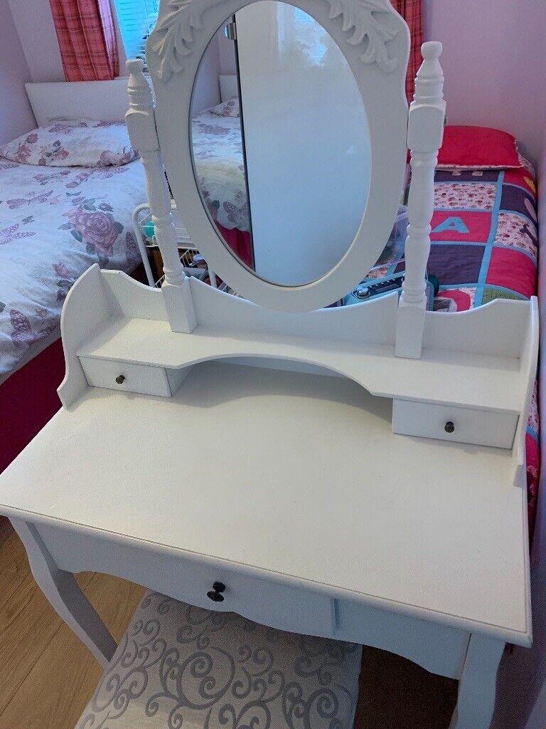 best loved f1422 e6d28 White dressing table for girls bedroom   in Coatbridge, North Lanarkshire    Gumtree