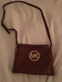 Genuine Michael Kors Leather Cross Body Large Fulton Tan/Brown Bag