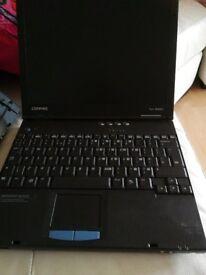 Compaq laptop Evo N400c with docking station - please read