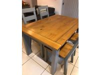 Dining table with four chairs 140x90