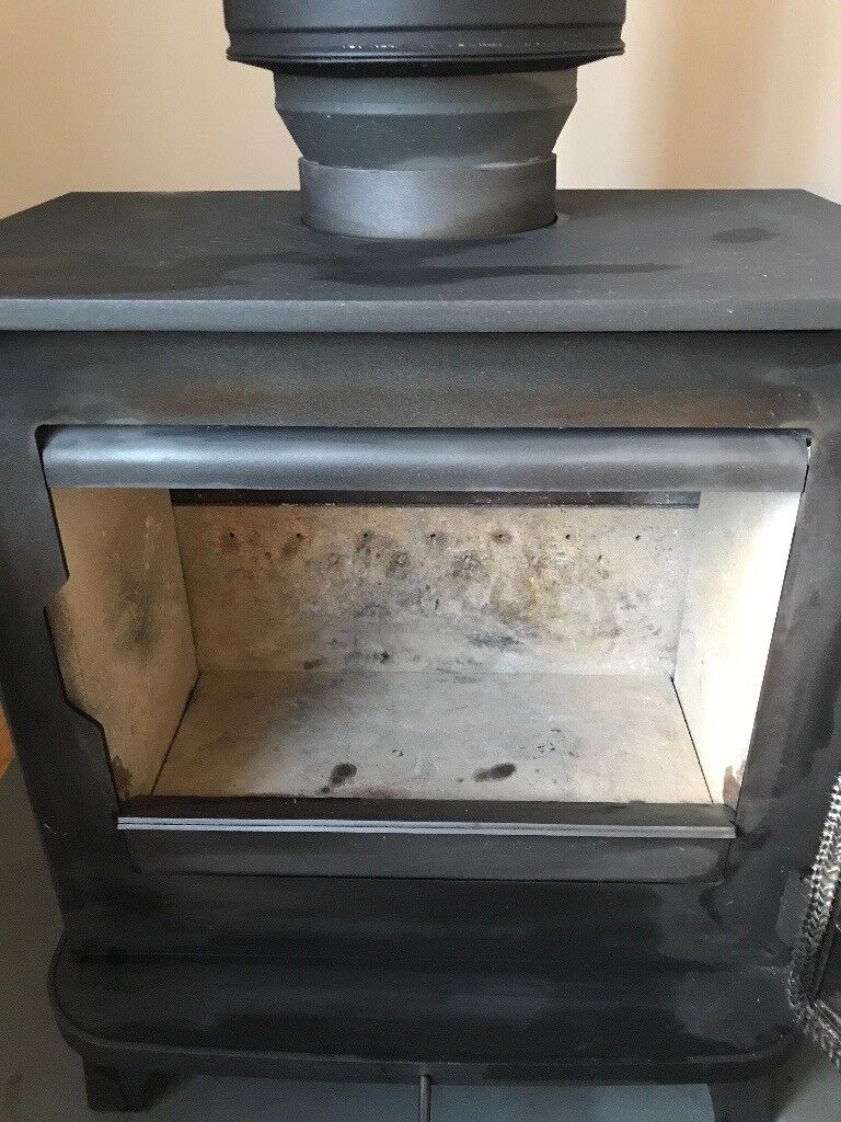 Chesney 5kw Stove and flue