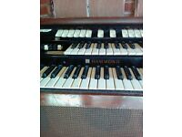Vintage T100 Tone Wheel Hammond Organ with drawbars