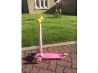 ** Superb Condition ** - Mini Micro Deluxe Scooter - Pink with many accessories (suitable 2-5 Years)