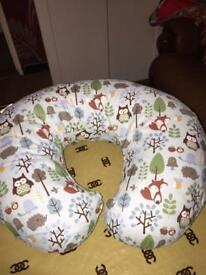 Feeding cushion chicco brand £15