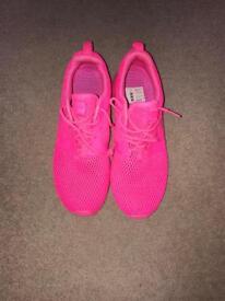 Pink Nike Roshe size 5.5