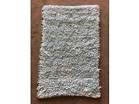 Turqoise blue bath mat