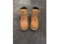 Men's size 6 steel toe cap boots