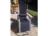 Zero Gravity Chair in Black, new