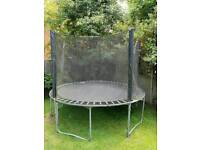 Large trampoline (3m)