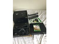 Xbox One Day One Edition, + Kinect, Perfect condition, boxed with all cables and Forza Horizon 2