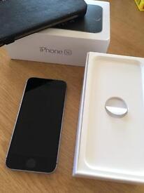 Iphone se 64gb space grey unlocked vgc