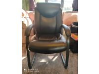 True Innovations Black Bonded Leather Guest Chair