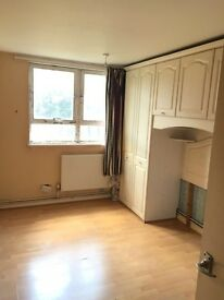 TWO BED FLAT FOR RENT IN RAINHAM £1200