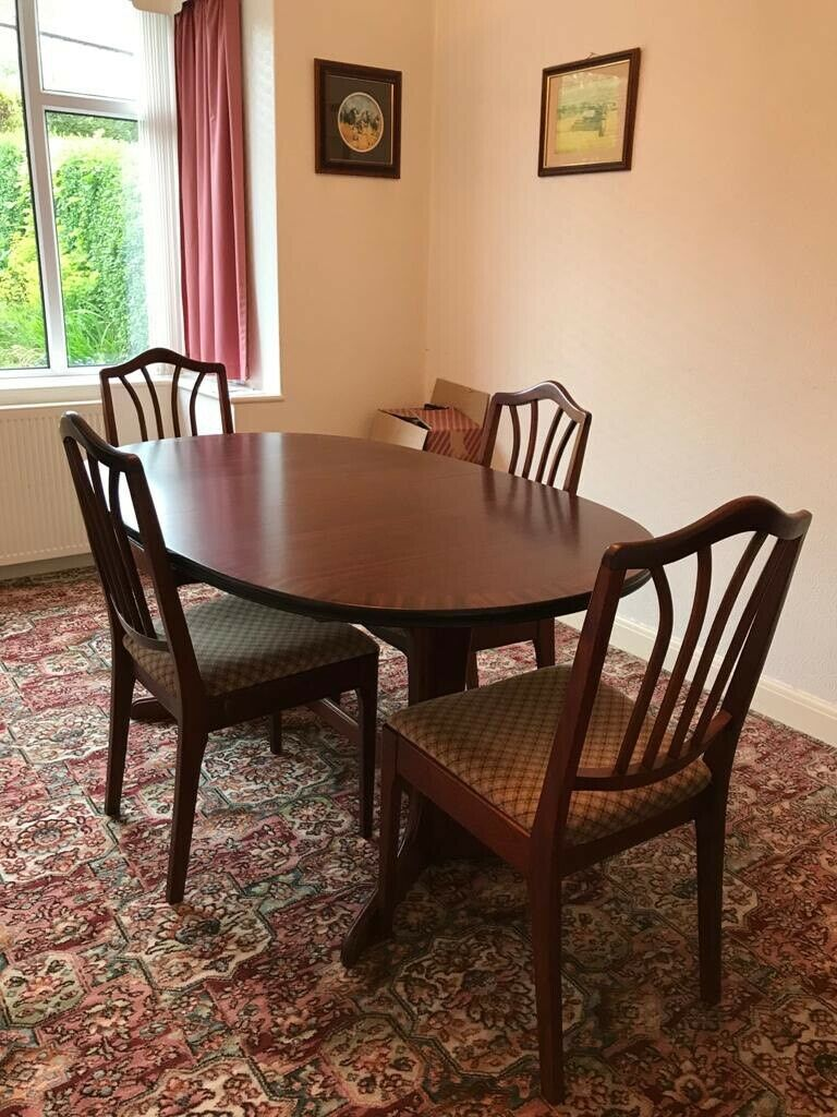 Extendable Dining Table And 4 Chairs In Rotherham South Yorkshire Gumtree