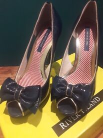 Two pairs ladies Size 6 (39) heels