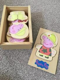 Peppa Pig Wooden puzzle set