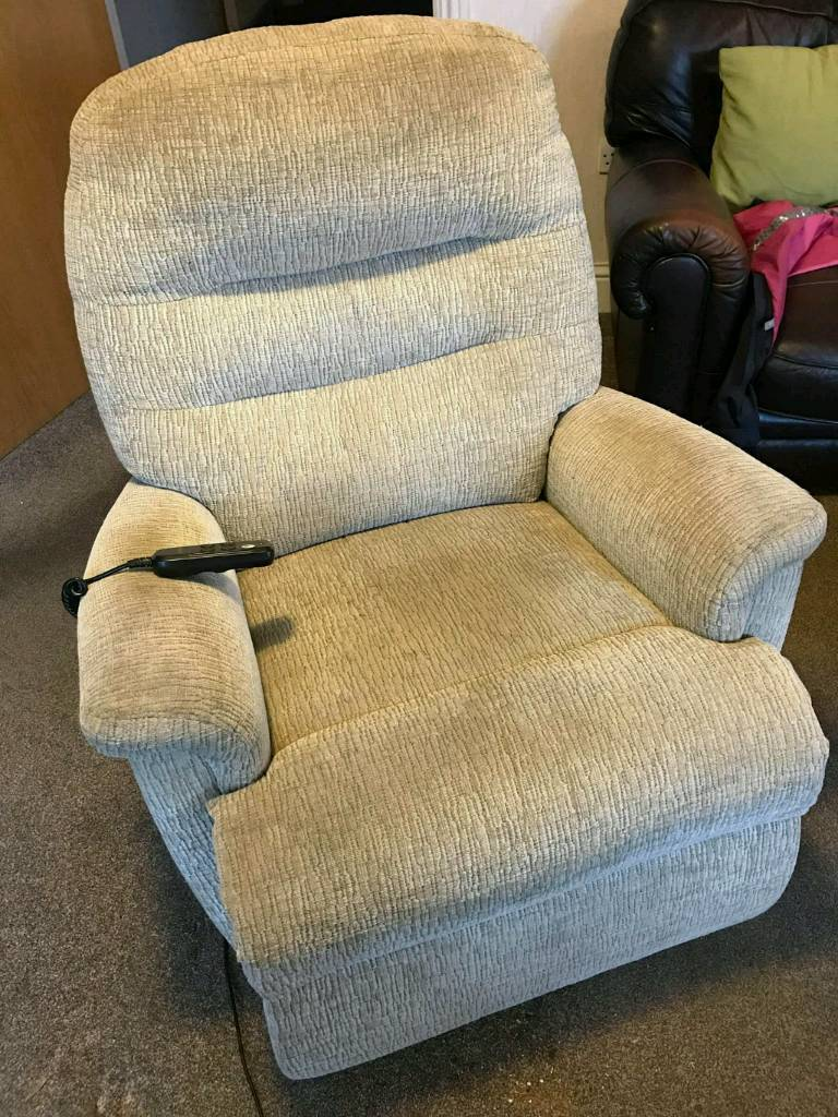 Sherborne Keswick electric dual motor lift & rise recliner chair