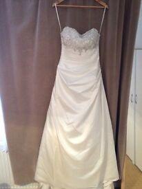 Wedding dress, dry cleaned, immaculate condition