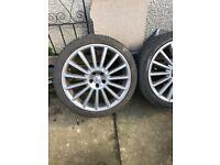 R32 alloy wheels