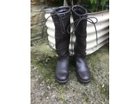 Ladies size 7 Leather Cotswold boots