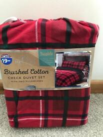 Red check double duvet set - brand new