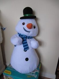 Chilly from Doc McStuffins approx. 22 inches high £7 pounds soft toy