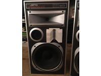 Jamo Dynamic D4 floor standing speakers