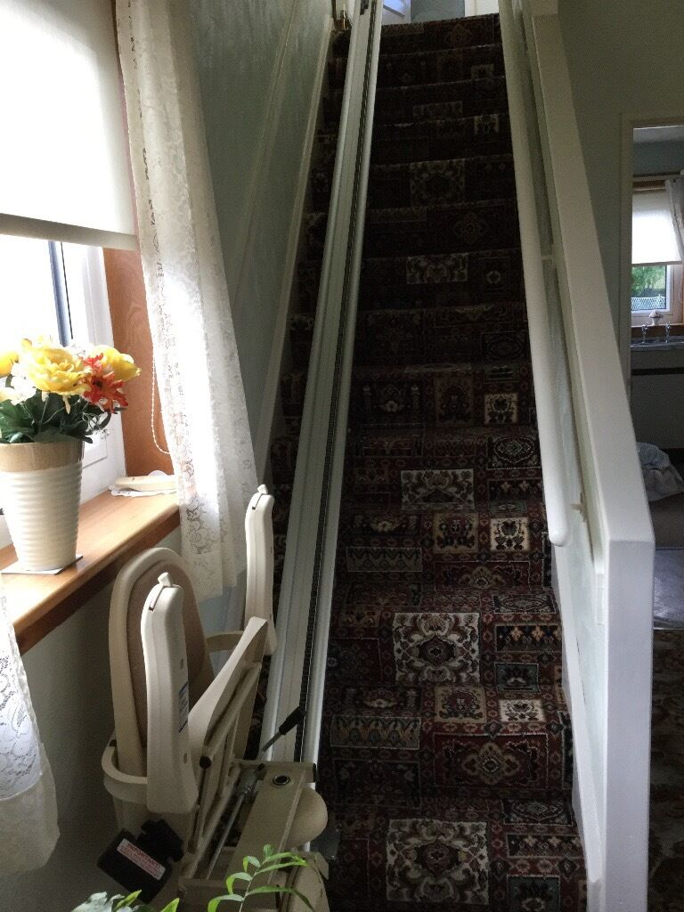Electric chair stair lift