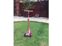 Deluxe Girls 3 Wheeled Micro Scooter with lean and steer technology. Excellent Condition