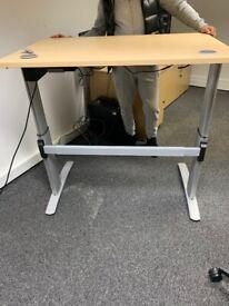 Electric Cantilever Height Adjustable Desk
