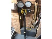 110v tripod light stand
