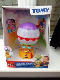 Tomy, colour discovery hot-air balloon