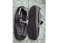 Alder Surf Shoes Mens Size 10
