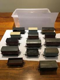 14 x HORNBY Train Carriages ( 00 Gauge ) £25