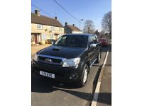 3.0 Twin Cab Toyota Hilux Invincible. Reluctant sale due to change of job.