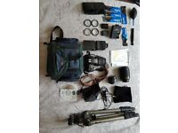 Nikon d5100 + 3 lenses + accessories