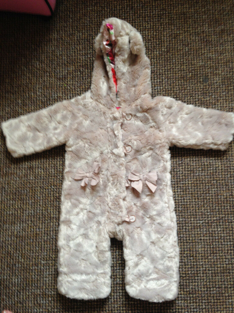 74906dd92 TED BAKER FAUX FUR CUDDLY BEAR ALL IN ONE PRAM SUIT 9 ...