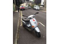 Vespa Piaggio ET2, 2005, 50cc, Petrol, excellent condition, low mileage, tax Dec16, MOT Oct16