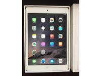 iPad mini 2 silver 16GB Immaculate condition boxed