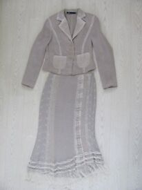 Bentleys of Banchory Ladies Outfit